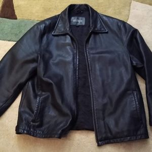 Guess black leather jacket size xl. 1980's